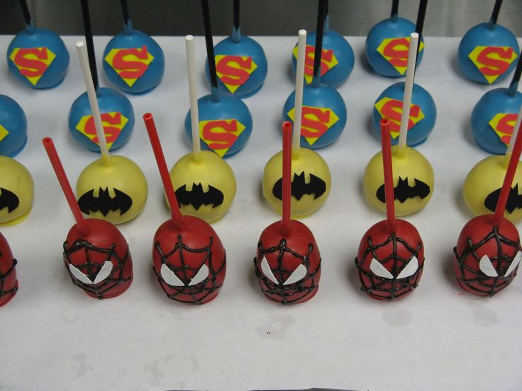 Super hero cake pops - yep... we'll need some of these too since I have a cake pop maker!!!!