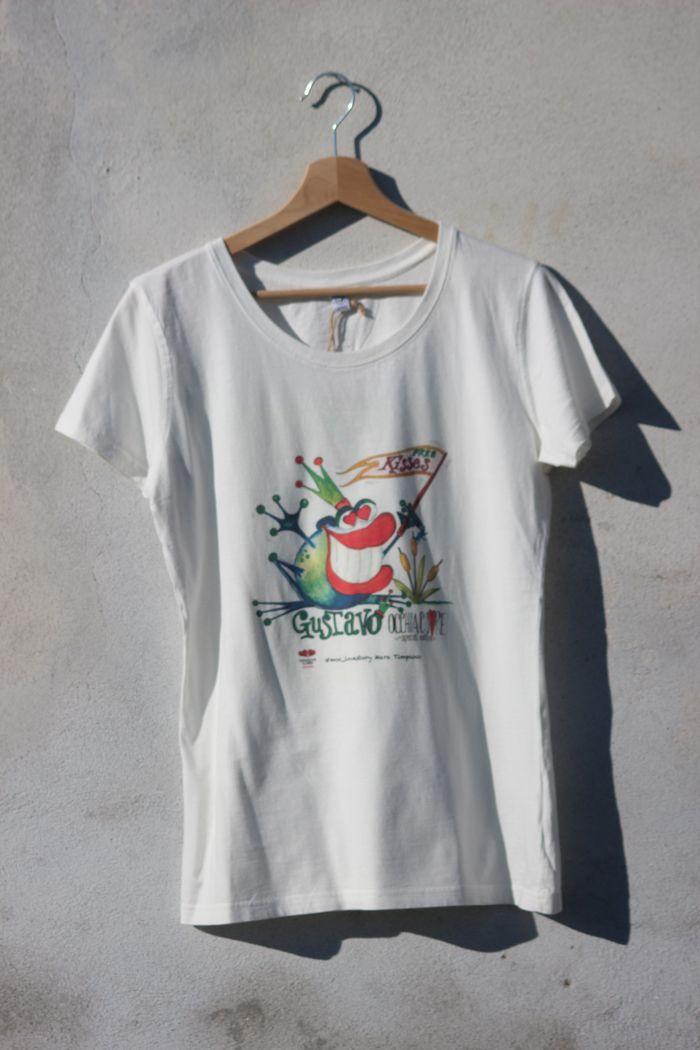 T-shirt Gustavo occhiacuore. Per ordinare scrivi a mammaocchiacuore@gmail.com