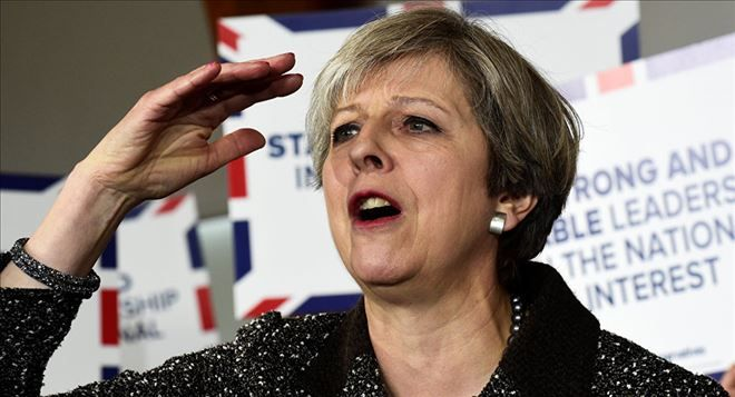 YENİ DÜNYA GÜNDEMİ ///  İngiltere Başbakanı May: Turizmin engellenmesinde dünyaya liderlik etmek istiyoruz