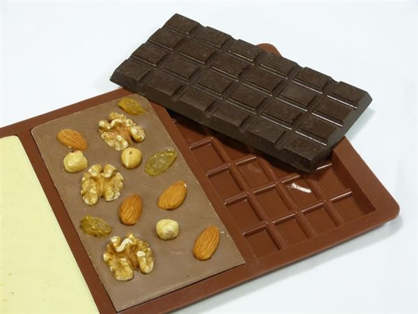 Make your own chocolate bars! Create your own flavours #silicone #bakeware