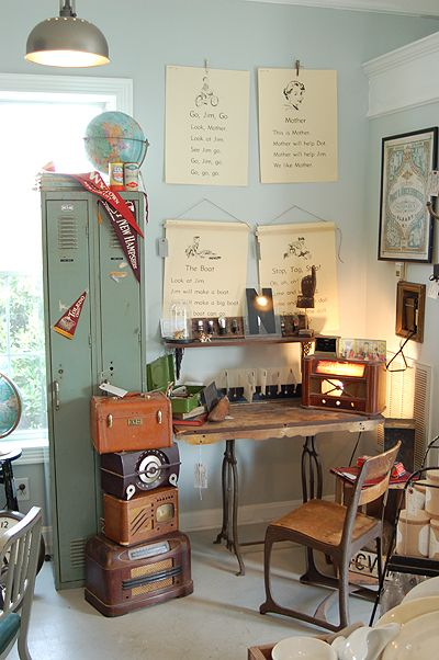 Best 20 Vintage Office Decor Ideas On Pinterest