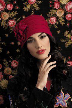 Фотография 2: . Коллекция: женская, бренд: Willi, фото. Цвет Красный, фотография. Состав: шерсть 100%.