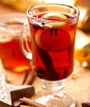 10 skinny drinks for staying warm teas cinnamon sticks and green