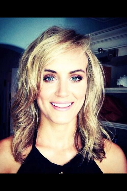 taylor schilling eyes