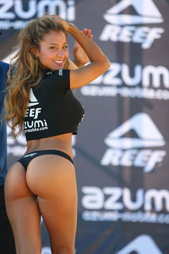 Miss reef bikini competition