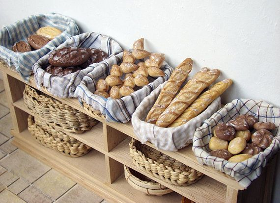 Dollhouse Miniatures : Bakery baskets  Share, Repin, Comment - Thanks!