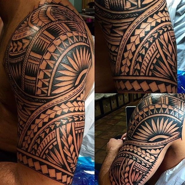 Work by: @marlolualemana #samoan #polynesian #pacific #tribaltattoos #tribal #neotribal #tribaltataucollective