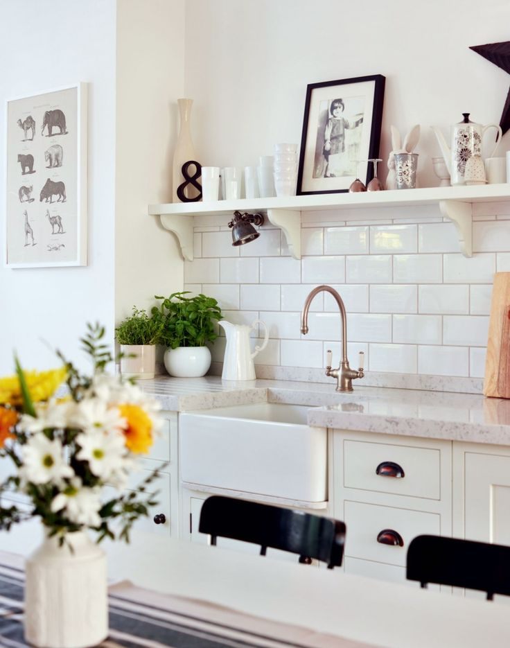 White Painted Kitchen with Marble Worktop and Butler Sink Like the tile stopping at the shelf #bHomeApp