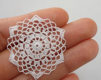 Miniature crochet round doily in white- 1:12 dollhouse miniature – Accessory for dollhouse - model #43