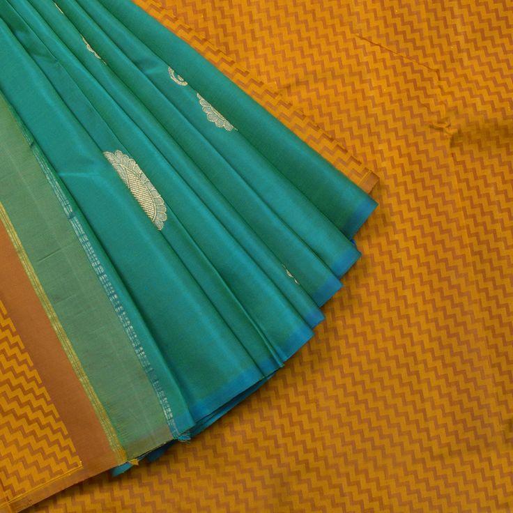 Kanakavalli Handwoven Kanjivaram Silk Sari 1002252 - Parisera