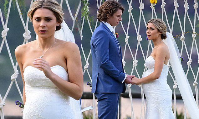 Home And Away's pregnant Billie jilts VJ on wedding day