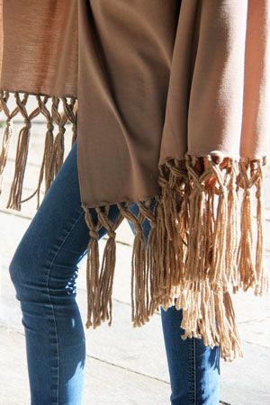 Wool fringe detail of our cape.Discover the attention of details of our products. Accessories only Made in Italy. #marinafinzi #fallwinter2015 #MadeinItaly #Monza