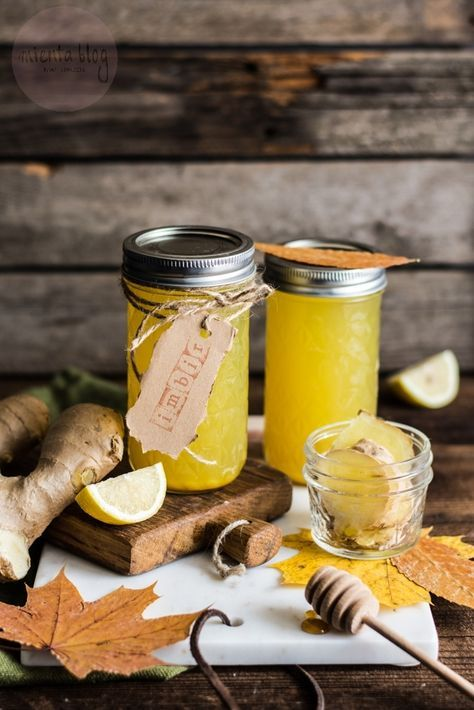 Imbirowy syrop z kurkumą, cytryną i miodem