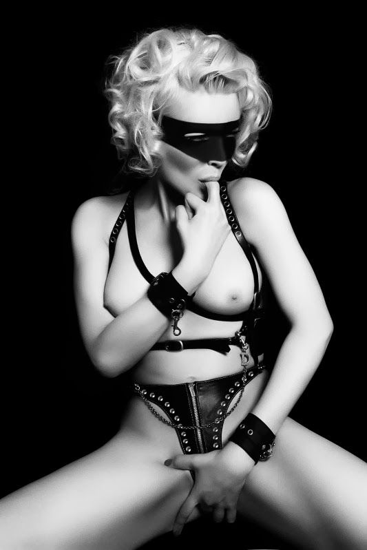 Place securely gothic erotic photography