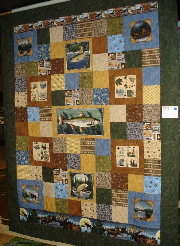 I have a brother in law who's an ichthyologist and  I KNOW he'd love this quilt...(The back would have to be about wine:)  )