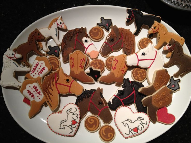 Nancy had me working hard this week... first these wonderful horse themed cookies to thank her workers and volunteers that help make R.O.C...