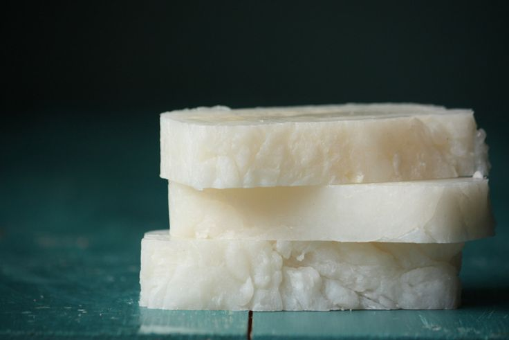 When it comes to soap, this is probably the easiest recipe you'll ever make. It's moisturizing and bubbly, and all you need are three simple ingredients. Photo tutorial included.
