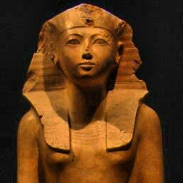 a history of the reign of hatshepsut the first known female pharaoh From history (tried) because a female pharaoh in egypt with hatshepsut biography biography hatshepsut was the first known female.