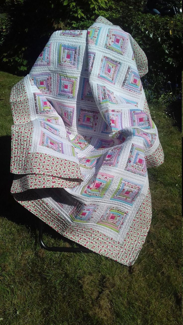 Shabby Chic, Vintage Style, Machine Pieced, Log Cabin, Floral Quilt by LouisesEclecticCraft on Etsy