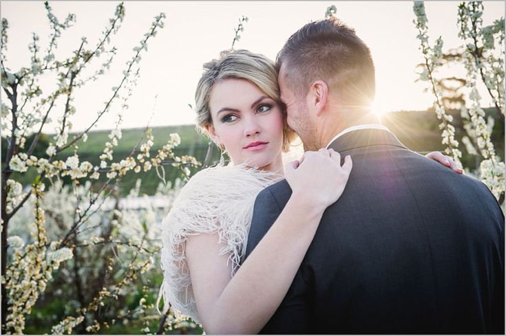 Lauren-Kriedemann_Blush_emerald_gold_styled_wedding056