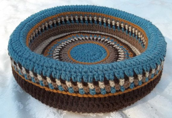 Bootsie's Hand Crocheted Cat Bed no 1316 by angelcatbeds on Etsy, $50.00