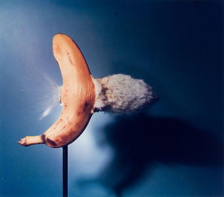 Bullet Through Banana - Harold Eugene Edgerton, 1964