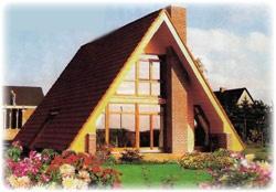 Для постройки дома-шалаша сначала закладывают фундамент (ленточного типа). Следующим этапом является сборка каркаса. Сразу после этого скаты крыши покрывают кровельным материалом, в качестве такового может выступать рубероид, черепица, шифер, металлические листы.  Потом приступают к внутреннему обустройству и отделочным работам: настилают полы, обшивают фасад и внутренние стены, вставляют окна и двери. Обычно конструкция такого дома предусматривает также небольшую открытую веранду и крыльцо.