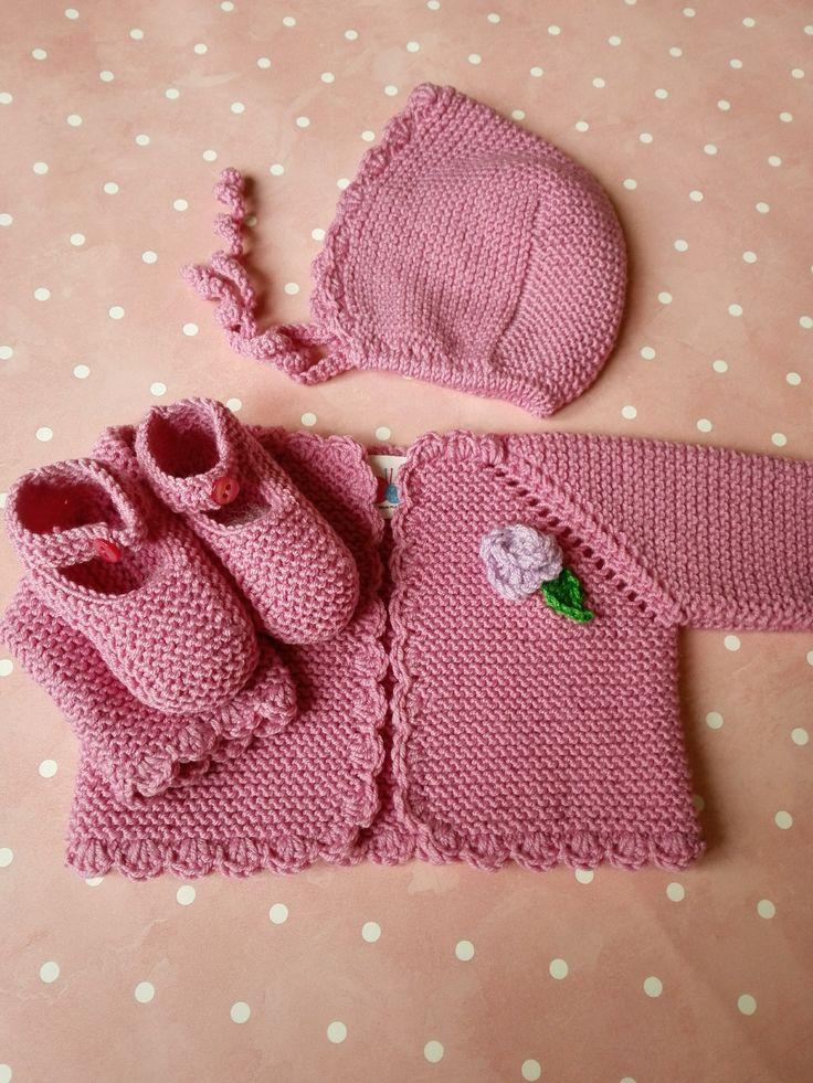 Conjunto bebé de 0 a 3 meses de lana merino rosa chicle