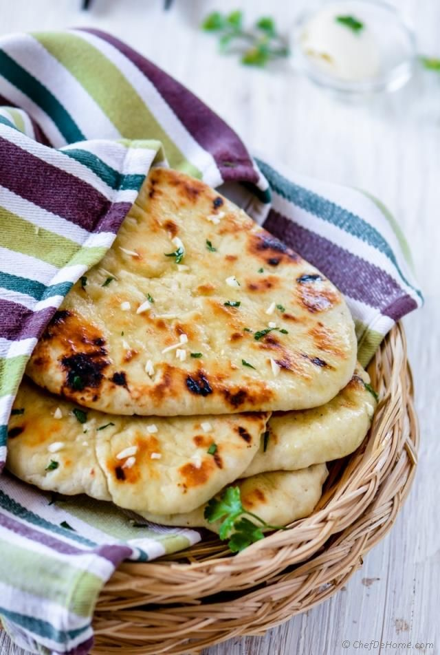 Homemade No Yeast Garlic Butter Naan Recipe   ChefDeHome.com