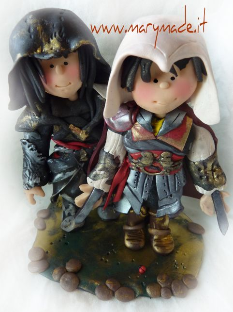 For all the #gamers here's an #assasinscreed #themed #caketopper for you. Book yours today at www.marymade.it !