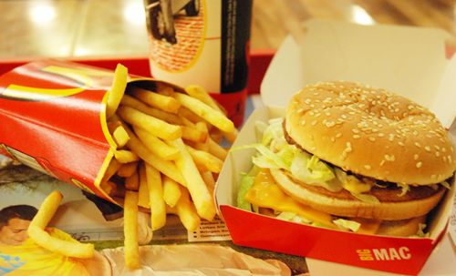 die besten 25 mc donalds burger ideen auf pinterest mc donalds fleisch big mac und mcdonalds. Black Bedroom Furniture Sets. Home Design Ideas