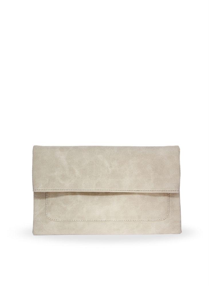 Freesia clutch bag #clutchbag #taspesta #handbag #clutchpesta #fauxleather #kulit #folded #dove #simple #casual #cream  Kindly visit our website : www.bagquire.com