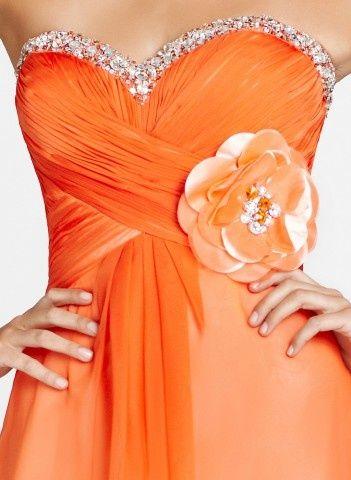 Coral Dresses #2dayslook #sunayildirim #sasssjane #CoralDresses www.2dayslook.com