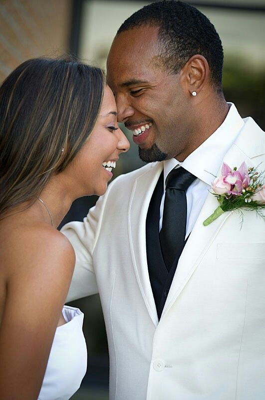Matt Forte and his wife..love what thIs picture capture # ...