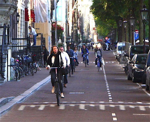 日本とこんなに違う!オランダで重宝されている乗り物TOP3 @DIME アットダイム