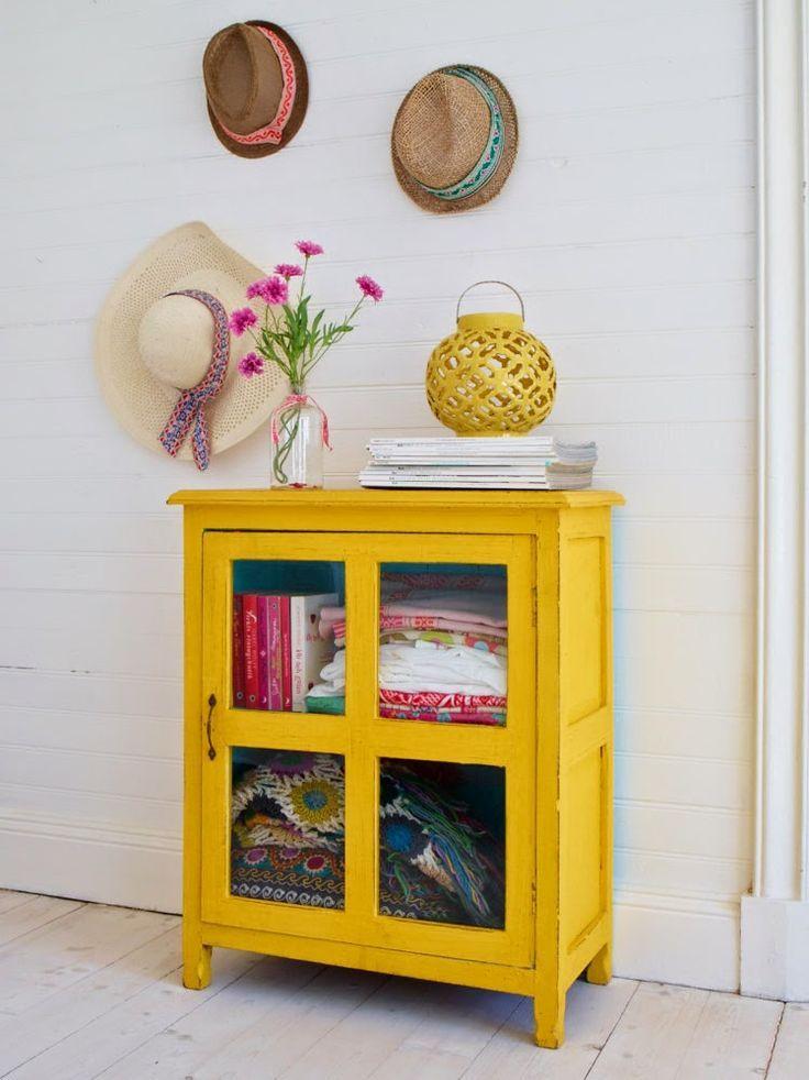 Las 25 mejores ideas sobre armario pintado en pinterest - Percheros paragueros antiguos ...