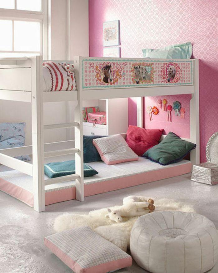 kinder etagenbett mädchenzimmer einrichten bodenkissen dekokissen