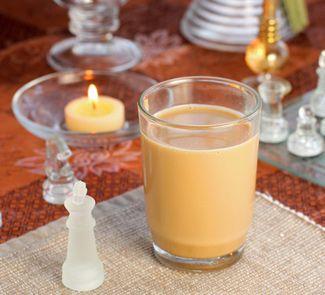 Масала чай - индийский чай с молоком и специями