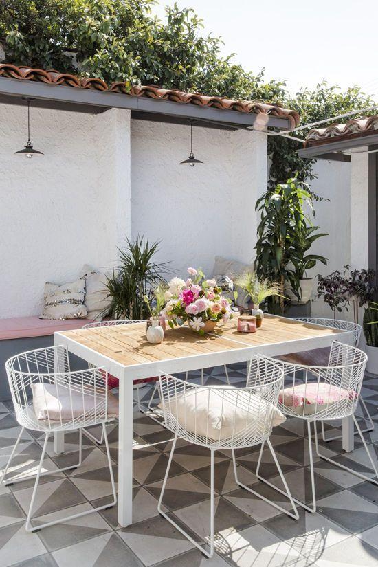 Boho outdoor dining area inspiration