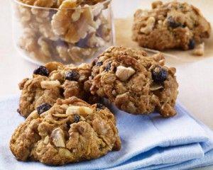 Nourishing Mondays: Walnut-Blueberry Oatmeal Energy Bites