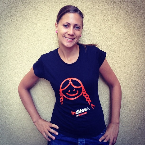 "T-shirt Campagna ""indifesa"""
