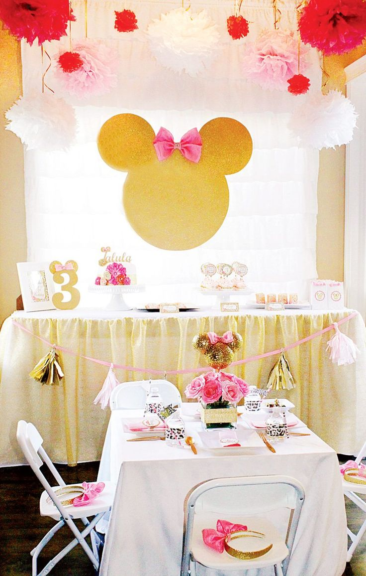 gold and pink minnie mouse third birthday party