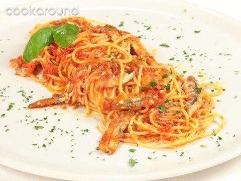Spaghetti con alici: Ricetta Tipica Molise | Cookaround