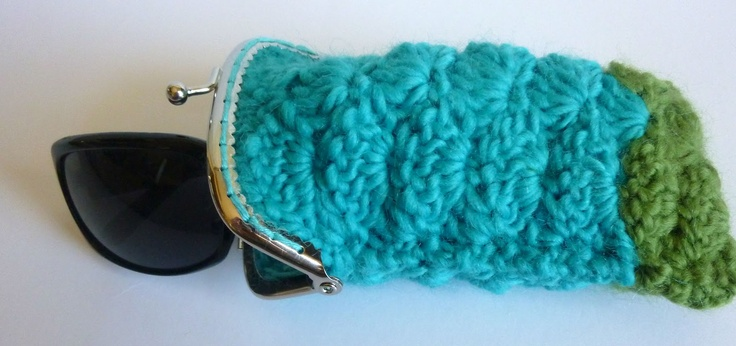 11 best images about Crochet Backpacks/Cell Phone Holders ...