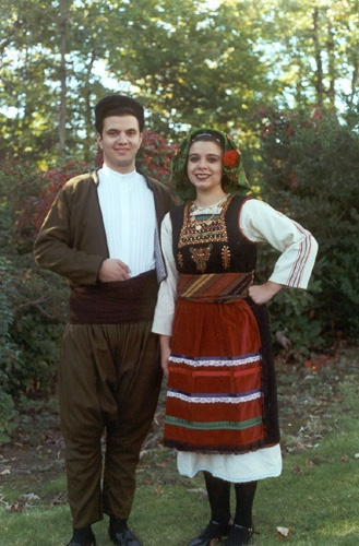 http://www.greekfolkdance.com/costumes/images/danceThrace.jpg