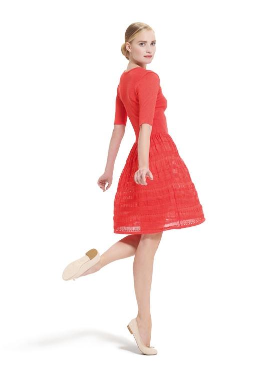 Le lookbook de La Garde-Robe Repetto http://www.vogue.fr/mode/news-mode/diaporama/le-lookbook-de-la-garde-robe-repetto/10644#7