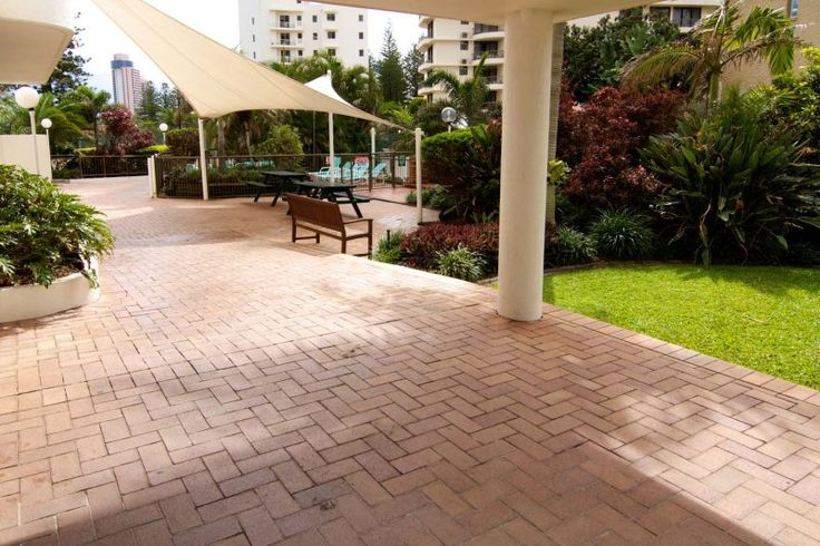 Ocean Royale - Facilities - Broadbeach Holiday Resort