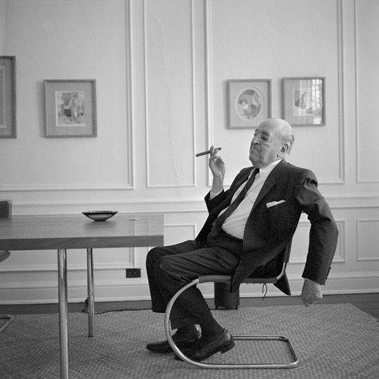 Mies van der Rohe-Cantilever Chair