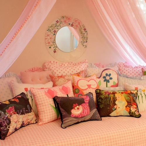 Arco ris ideias para quartos de meninas pinterest - Housse de coussin 65 65 ...