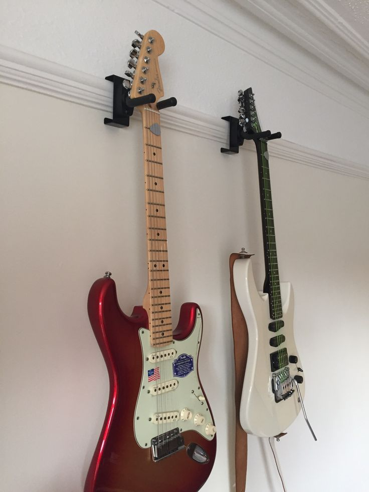Funky Gear Picture Rail Instrument Hanger Guitar Wall